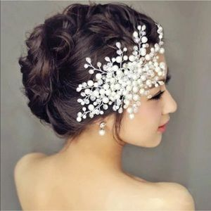 Accessories - Flower Hair Comb